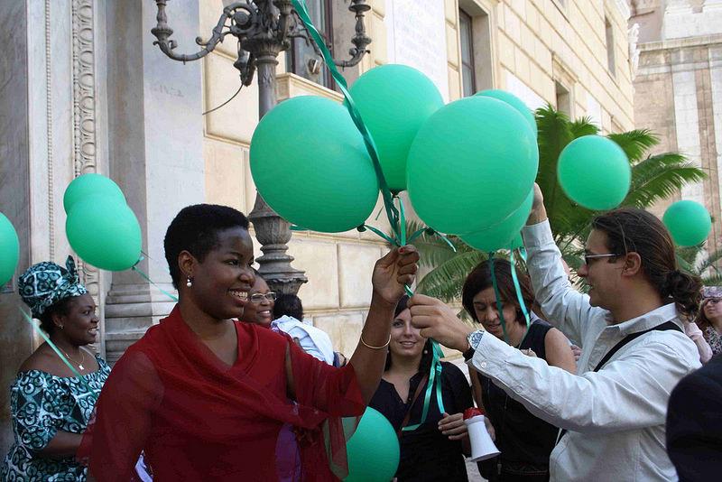 Isoke Aikpitanyi, ex vittima di tratta e cittadina onoraria della città di Palermo, durante Giornata Europea contro la tratta (18 ottobre 2014)