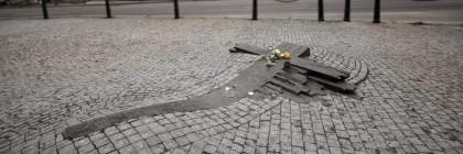 jan_palach_memorial_monumento_maghweb_accaddeoggi_praga