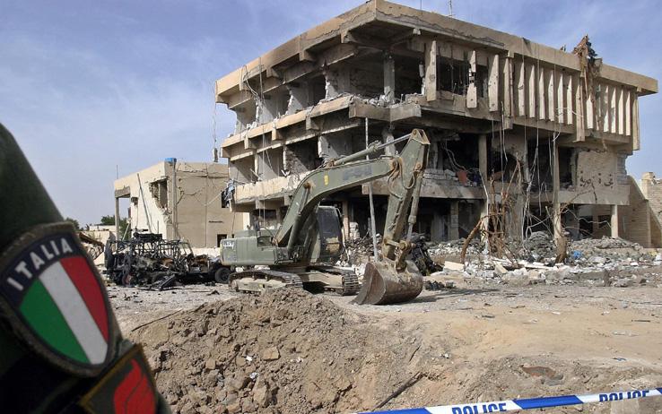 strage di nassiriya carabinieri esercito base